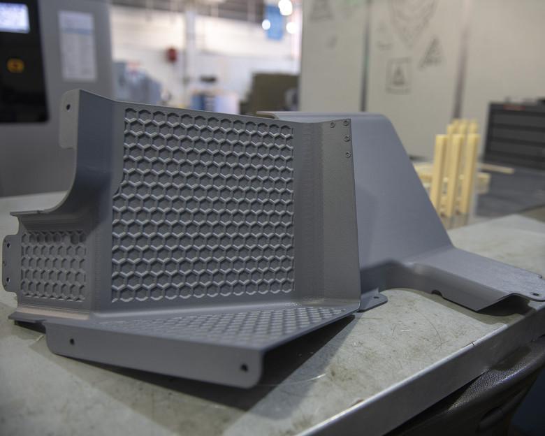 アメリカ空軍がストラタシスの3Dプリンターを航空機修理部品製造機械として承認