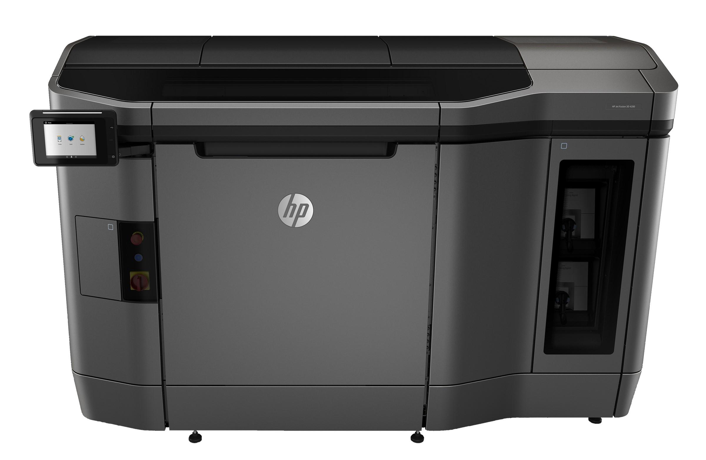 HPがフェイスシールドなどのPPEの製造を開始