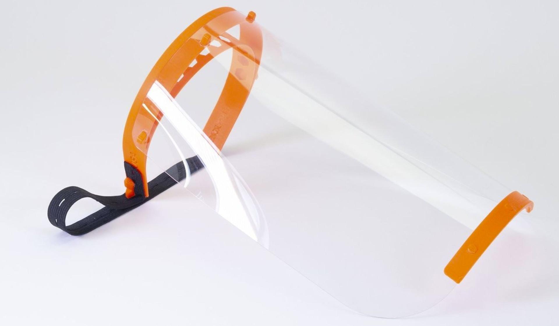 イギリスの3Dプリンター・ユーザーグループが共同でフェイスシールドとフェイスマスクの製造を開始