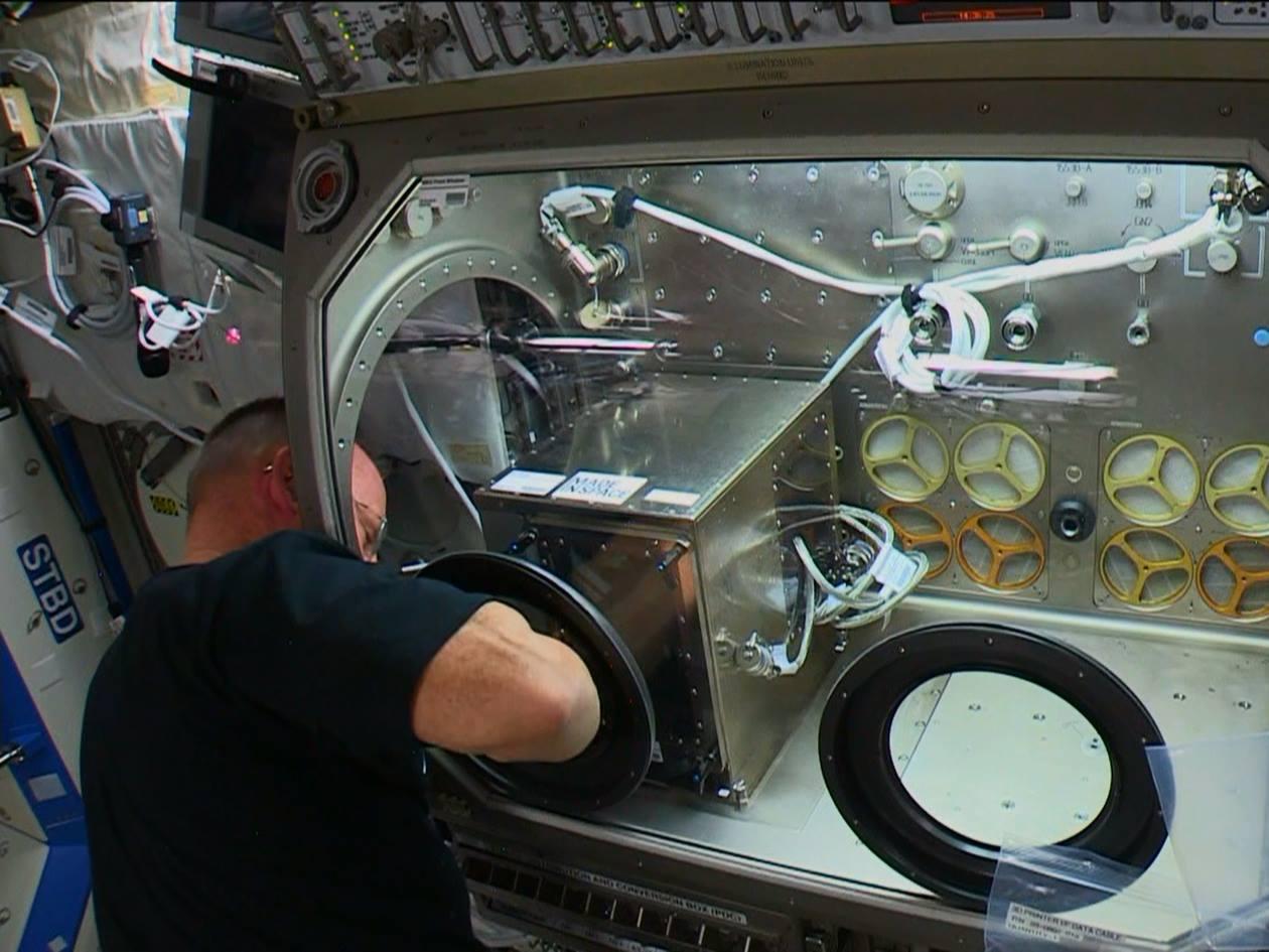 国際宇宙ステーションで世界で初めて医療用器具を3Dプリンターで製造へ