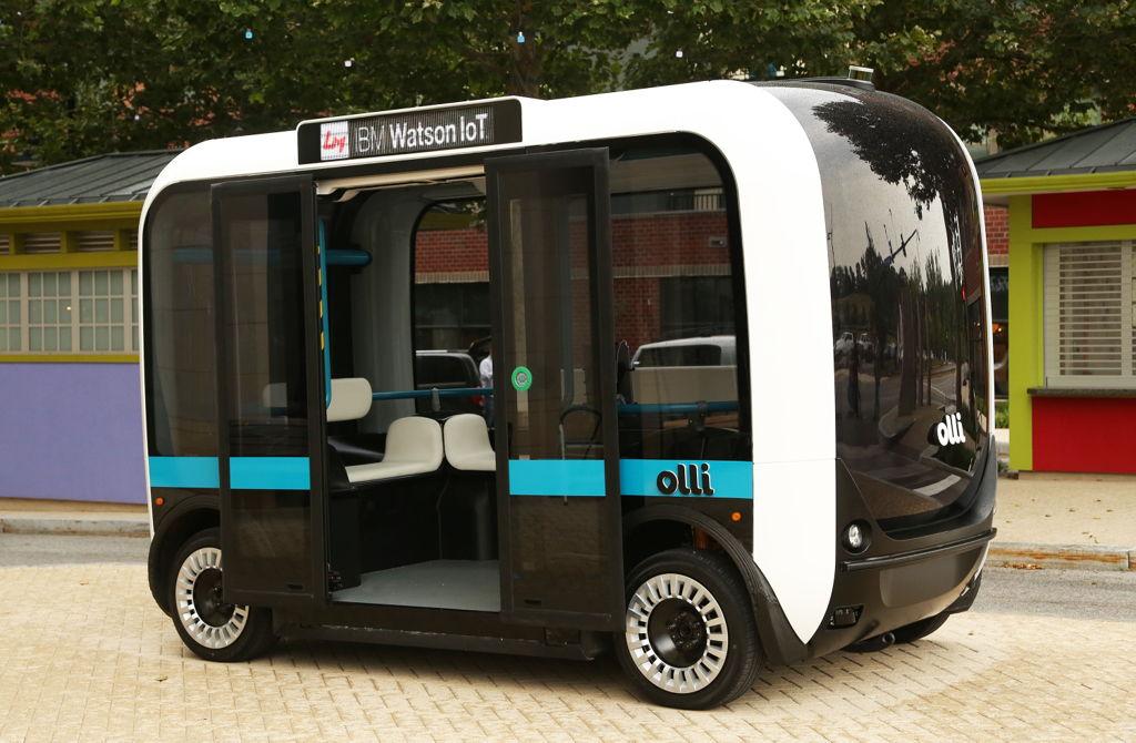 ローカルモーターズが世界初の3Dプリント無人ミニバスを開発