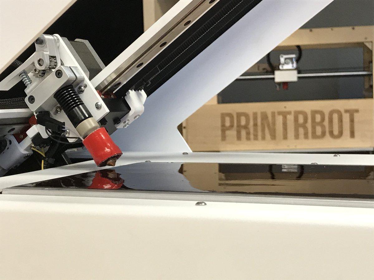 PrintrbotとPolar3Dが共同でベルトコンベヤー型3Dプリンターを開発