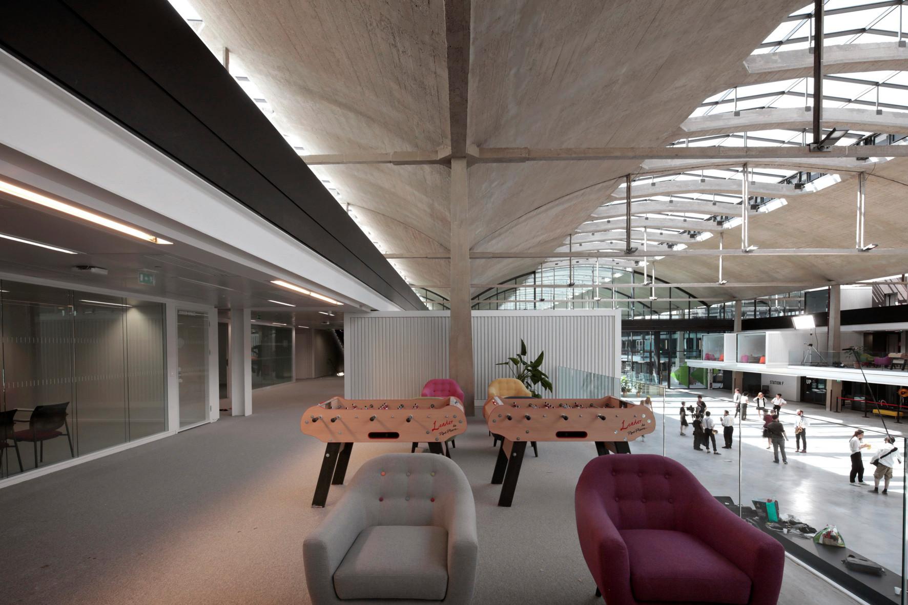 パリにインキュベーションセンター、ステーションFがオープン