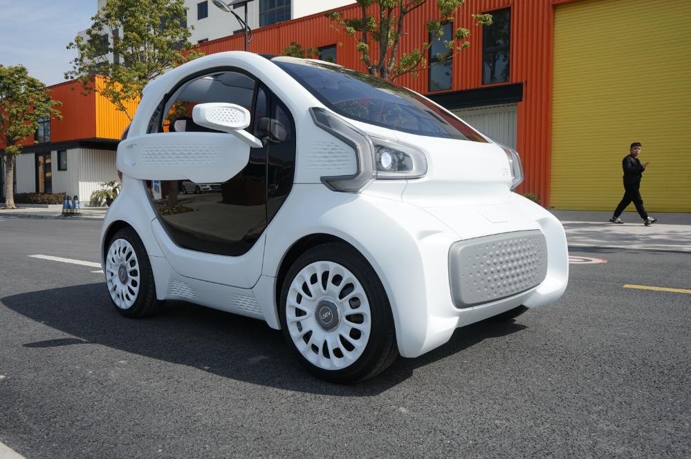 イタリアの自動車メーカーが3Dプリント自動車の大量生産を開始と発表