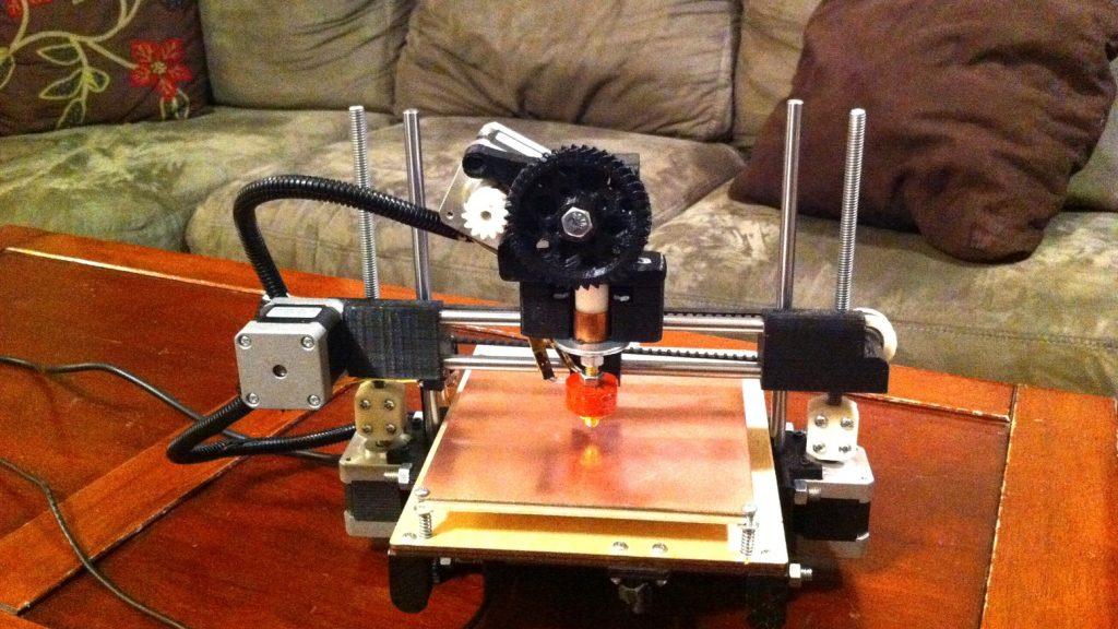 プリンターボットの事業停止に3Dプリンターコミュニティが衝撃