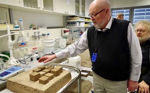 エストニアの大学がピートとシェールオイルの灰から3Dプリント住宅の素材を開発