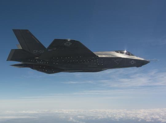 アメリカ軍が3DプリンターでF35戦闘機の部品を製造