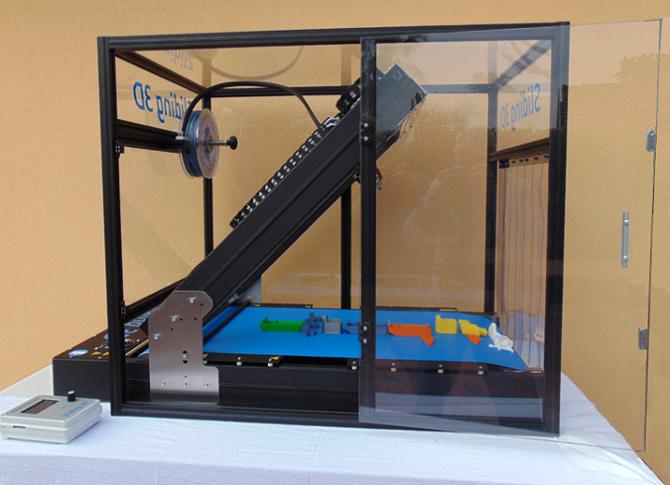 イタリアの3Dプリンターメーカーがベルトコンベヤータイプの3Dプリンターをリリース