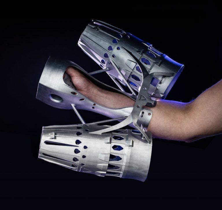 グラビティ・インダストリーズがEOSのメタル3Dプリンターでジェットスーツを製造