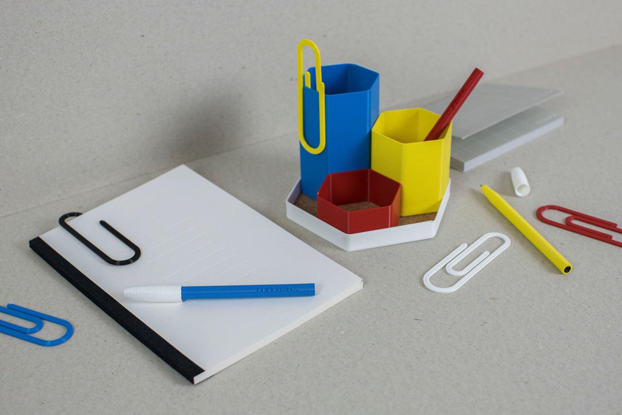 イギリスの文房具小売りチェーンとスタートアップ企業が共同で生分解性3Dプリント文房具の販売を開始