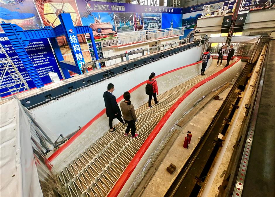 世界最大のプラスチック製3Dプリント橋が上海の郊外に登場