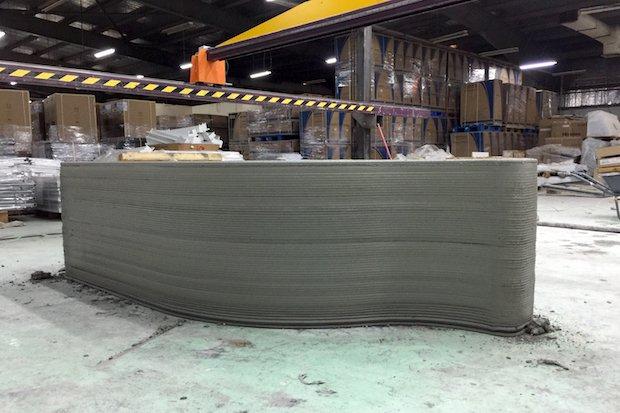 サウジアラビアの建設会社が世界最大の建設3Dプリンターを導入