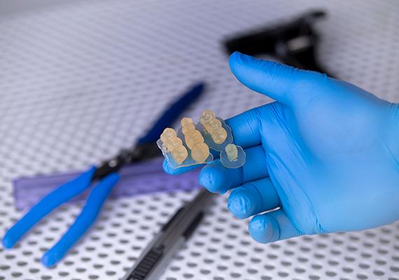 ゾートラックスが二種類の3Dプリンター用生体適合性樹脂をリリース