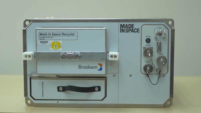 国際宇宙ステーションに3Dプリンター用プラスチックリサイクラーが導入