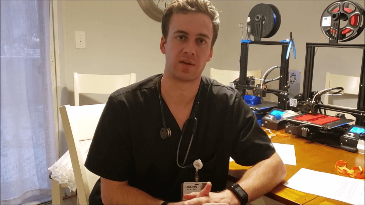 米コネティカット州の医師が3Dプリンターでフェイスマスクを製造