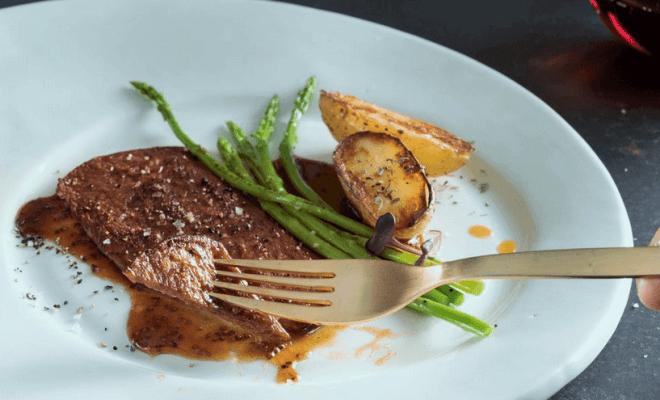 三菱商事がイスラエルのスタートアップ企業と日本で人造肉を販売
