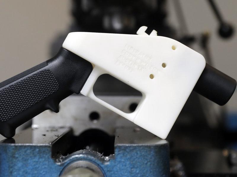 シンガポールで3Dプリント銃の設計図ファイル所有を禁止する法律が成立