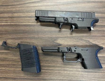 アメリカの高校生が3Dプリント銃製造中に暴発事故で負傷